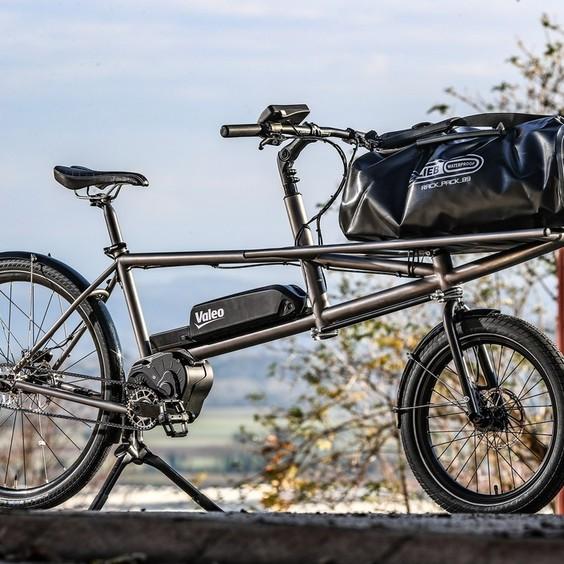 Rouler avec une boîte de vitesses et un moteur électrique, c'est retrouver le plaisir de pédaler et seulement le plaisir.  effigear #valeo #gearboxbike #bikeinnovation #drivetechnology #innovation #electricbikes #madeinfrance #vtt #gravel #esmartebikesystem #bikeporn #velo #ebike #rideyourbike #biketouring
